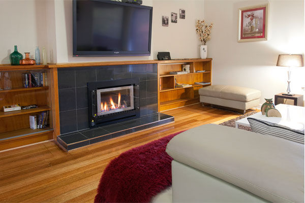 Webster Street Luxury Accommodation Ballarat - lounge room with fire