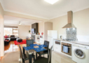 Lake Wendouree accommodation Ruby lounge & dining